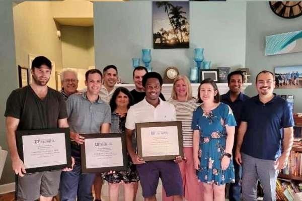 Neuro Fellows receive awards
