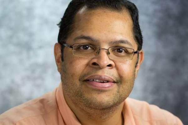 Dr Tan-Lucien Mohammed