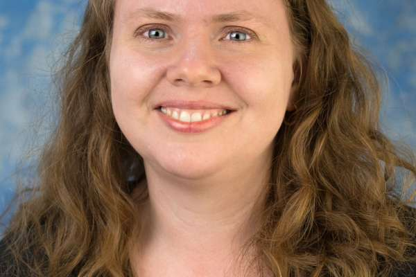 Dr Stephanie Leon, Faculty